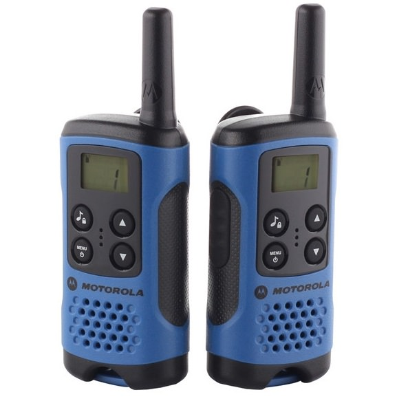 Комплект из двух портативных радиостанций  MOTOROLA TLKR T41